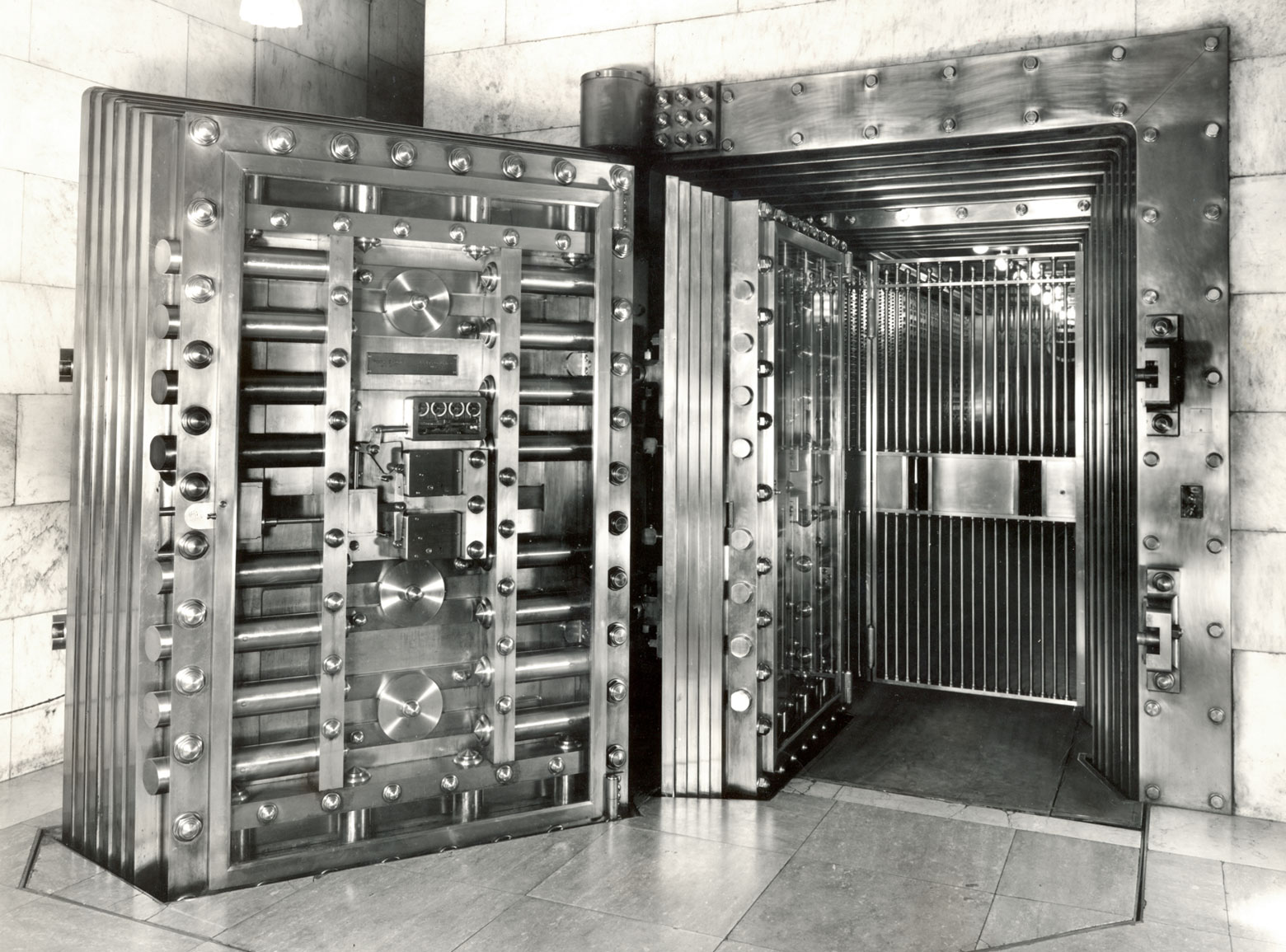 Winnipeg Main Office vault, circa 1920.